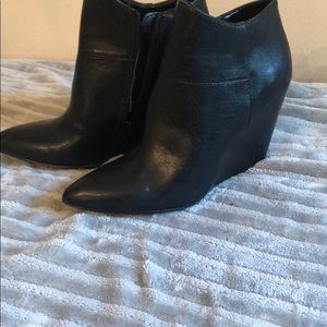 Soft leather Nine West ankle boots